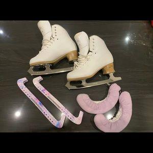 Jackson fusion Elle 7 figure skates